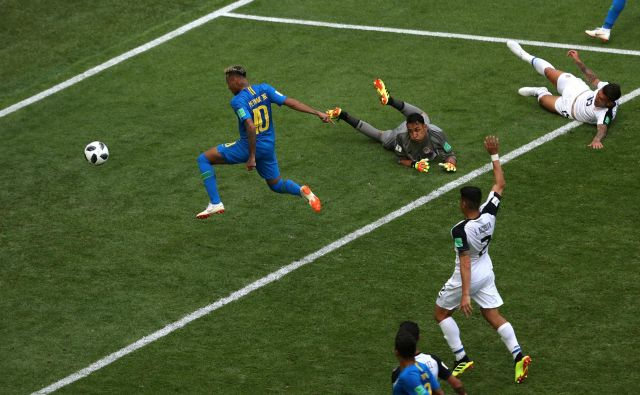 Neymar je vendarle dočakal svoj veliki trenutek. Foto Lee Smith/Reuters
