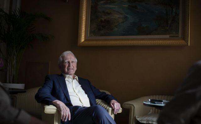 Nobelov nagrajenec Harald zur Hausen je častni doktor na 26 univerzah po svetu. FOTO: Voranc Vogel