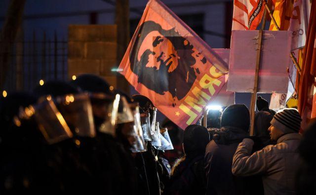 K stavki je argentinske delavci nagovorila Generalna konfederacija delavcev (CGT), druge skupine pa so organizirale tudi demonstracije. FOTO: Eitan Abramovich/AFP
