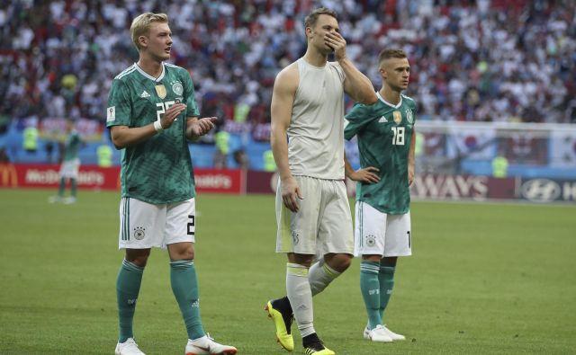 Morda so Nemce uspavale kvalifikacije, v katerih ni bilo dvoma o uvrstitvi v Rusijo, morda tudi zmage mlajših selekcij. Foto Thanassis Stavrakis/AP