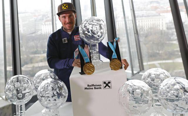 Marcel Hirscher si bo leto 2018 zapomnil po rekordnem sedmem velikem globusu, dveh zlatih kolajnah z OI, poroki in naraščaju. FOTO: Reuters