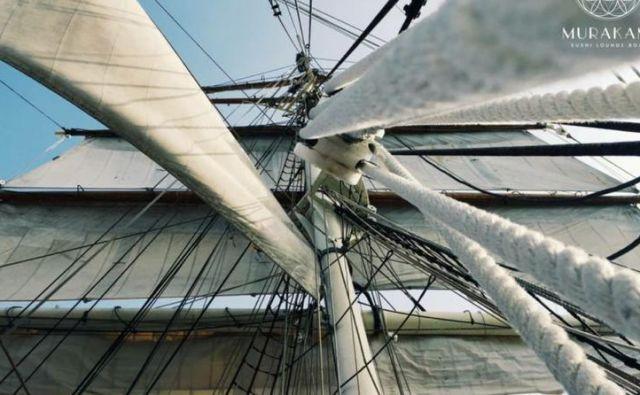 Suši na barki. Foto Arhiv Podjetja