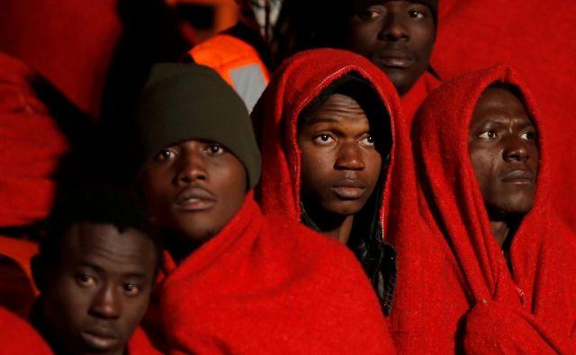 Poleg terorizma, revščine, hudega pomanjkanja in podnebnih sprememb sta vzroka za migracije nestabilnost in negotovost, ki vladata v mnogih predelih Afrike in Bližnjega vzhoda. FOTO: Jon Nazca/Reuters