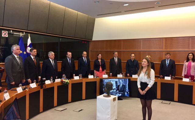 Slovesnosti v Bruslju sta se udeležila tudi Janez Janša in Borut Pahor. Sta se pogovarjala tudi o sestavljanju koalicije? FOTO: Peter Žerjavič