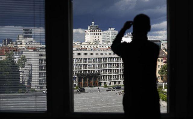 »Vidim, da koalicije ni na vidiku,« v tokratnem videokomentarju ugotavlja Žerdin. FOTO: Leon Vidic/Delo