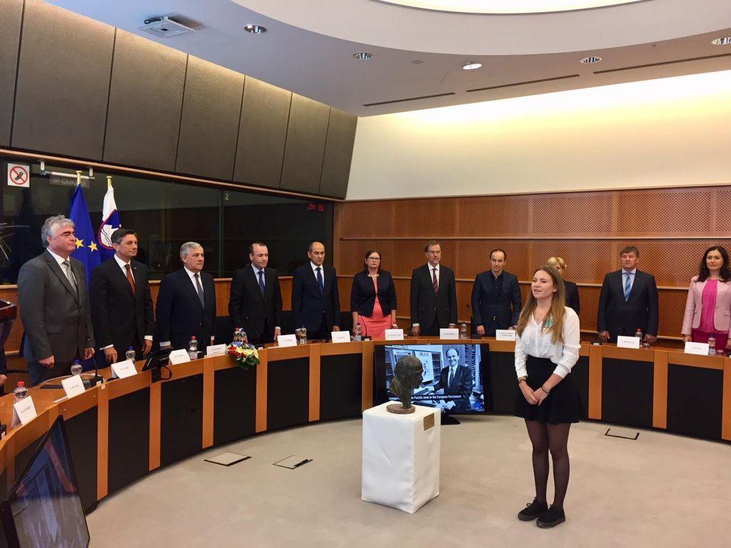 »Moralni in politični kompas za EU«
