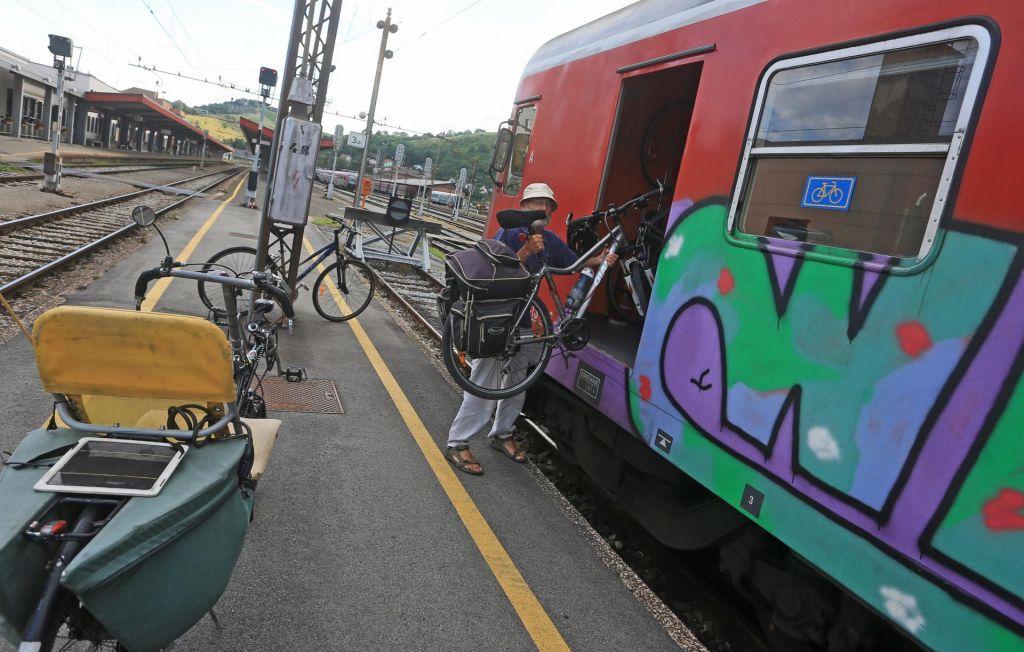 Kolesarski vlak do Pliberka in z več kolesarji