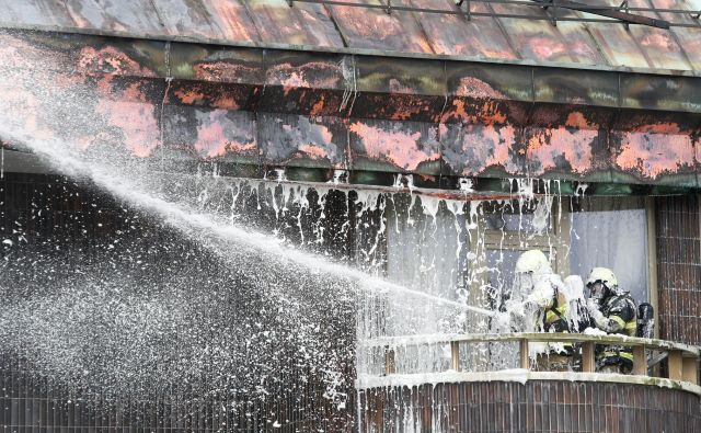 Požar v hotelu Union FOTO: Marko Feist