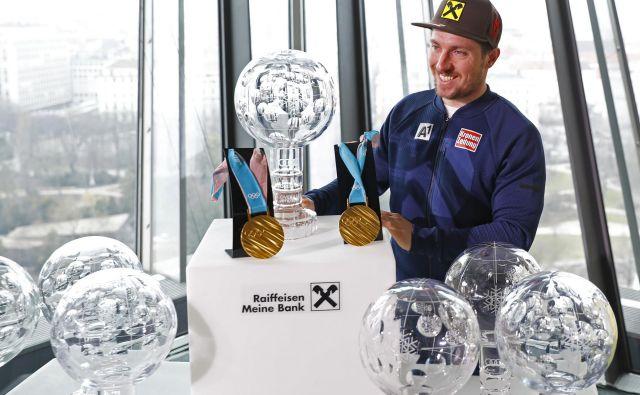 Marcel Hirscher si bo leto 2018 zapomnil po rekordnem sedmem velikem globusu, dveh zlatih olimpijskih kolajnah, poroki in naraščaju, ki bo na svet privekal jeseni. FOTO: Leonhard Foeger/Reuters