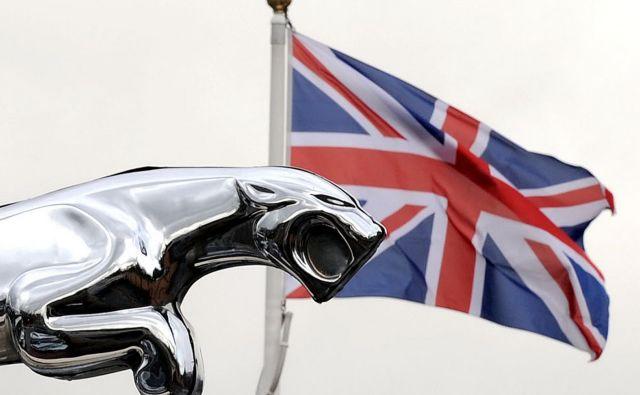 Največji britanski proizvajalec avtomobilov Jaguar Land Rover je posvaril pred slabostmi, ki bi jih lahko prinesel brexit. FOTO: AFP