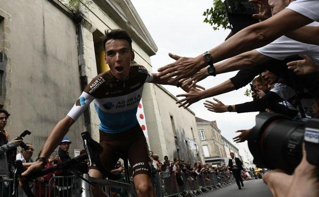 Francoski upi počivajo na ramenih Romaina Bardeta. Foto AFP