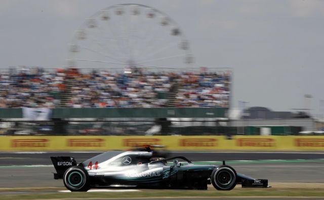 Lewis Hamilton je bil v kvalifikacijah Silverstona najhitrejši že šestič. Foto Luca Bruno/AP