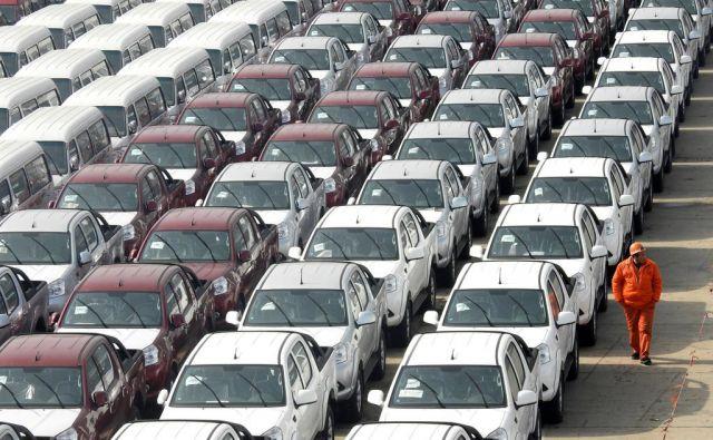 parkirišče, avtomobili, proizvodnja Foto Reuters