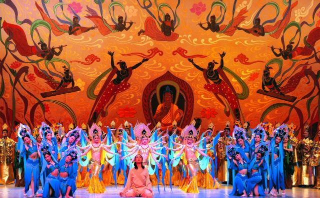 Plesalci iz Lanzhouja bodo razgrnili zgodbo o Dunhuangu, jamah Mogao in nepremagljivi moči ljubezni. Foto arhiv Ljubljana Festivala