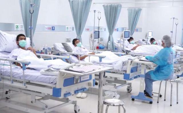 Tajski dečki okrevajo v bolnišnici. FOTO: AP