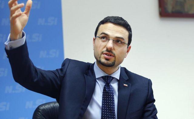 Na internem referendumu bi podporo za vstop v koalicijo Marjana Šarca iskali med člani, ki so plačali članarino. FOTO: Aleš Černivec/Delo