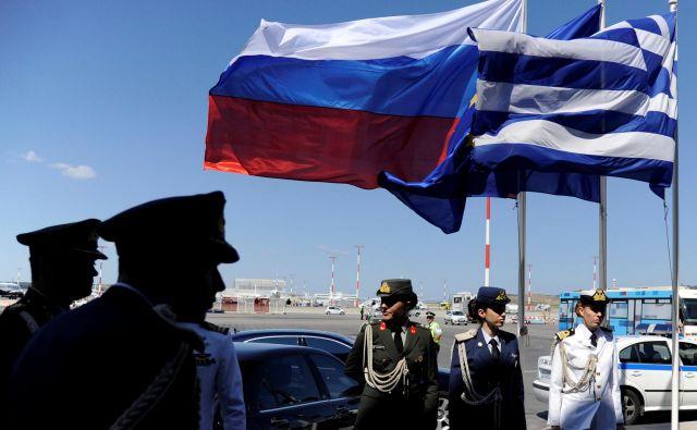 Grčija in Rusija sta napovedali vzajemni izgon diplomatov. FOTO: Michalis Karagiannis/Reuters