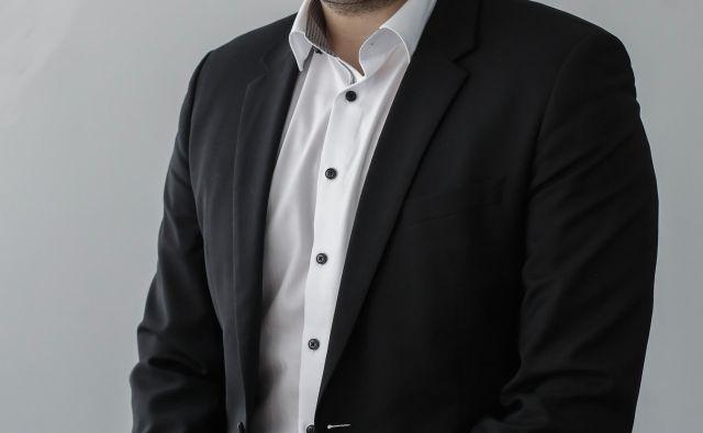 Andrej Lazar, direktor upravljanja nepremičnin na DUTB, meni, da so se razmere na nepremičninskem trgu tako spremenile, da ne potrebujejo krovnega posrednika. FOTO: Uroš Hočevar