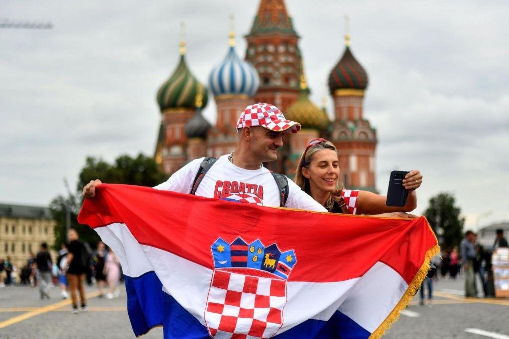 FOTO:Hrvati in Angleži v Moskvi za istimi mizami (FOTO + VIDEO)