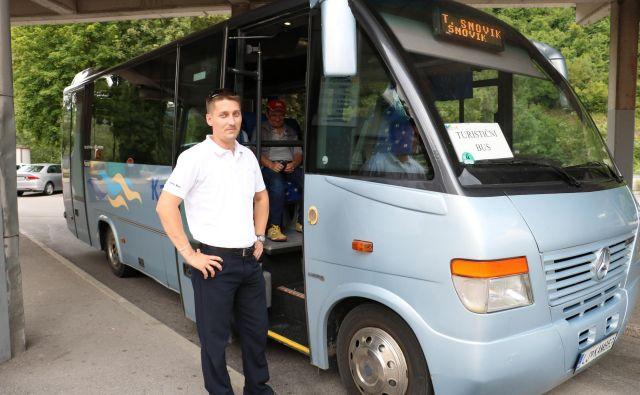 V Kamniku bo vse poletje vozil turistični avtobus do Kamniške Bistrice, Snovika in Volčjega Potoka. FOTO: Janez Petkovšek