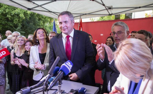 SD, ki je na minulih državnozborskih volitvah dobila 10 poslanskih mest, se v zadnjih tednih pogovarja za vstop v koalicijo še s petimi strankami pod okriljem LMŠ. FOTO: Voranc Vogel