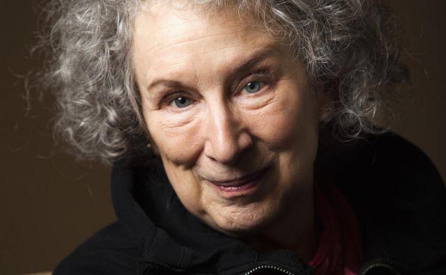 Na širšem seznamu za alternativno Nobelovo nagrado je tudi Margaret Atwood. FOTO: Reuters