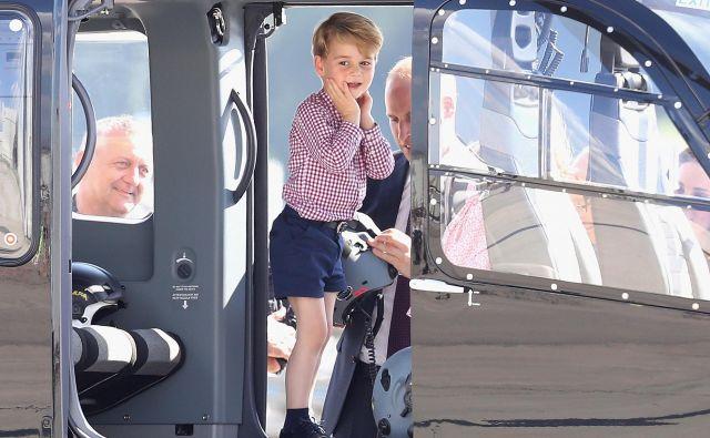 Princ obiskuje zasebno šolo Battersea v Londonu. FOTO: Chris Jackson/Getty Images