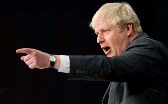 Boris Johnson se je v ponedeljek po dveh letih umaknil s položaja britanskega zunanjega ministra. FOTO: AFP /LEON NEAL