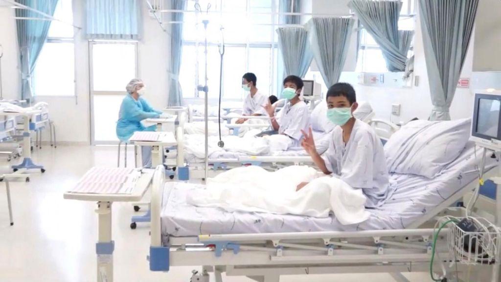 Dobra novica s Tajske: dečki bodo bolnišnico zapustili v četrtek