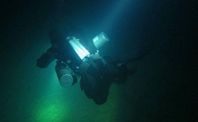 Potopljene jame so neustavljivo privlačne, vendar potop vanje ne odpušča napak. FOTO: Jamarska zveza Slovenije