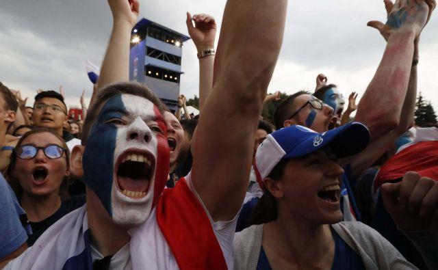 Francozi se veselijo zmage. FOTO: Sergei Karpukhin/Reuters
