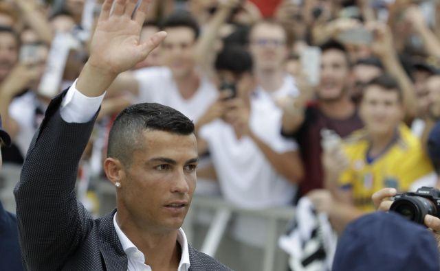 Cristiano Ronaldo je novi bog Juventusovih navijačev. FOTO: AP