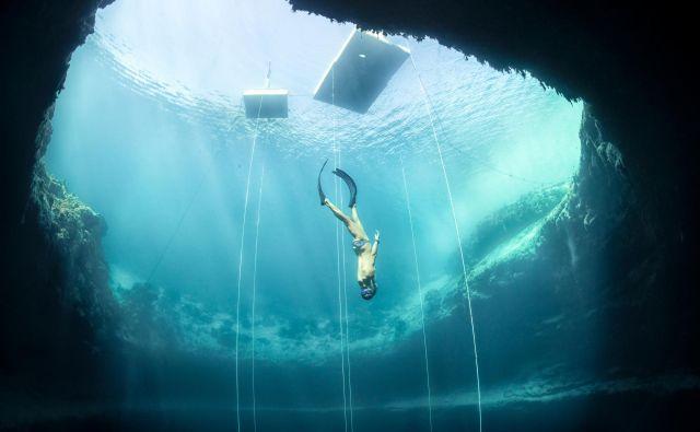 Samo Jeranko med treningom v Modrem breznu na Bahamih. FOTO: ww.apnea.si