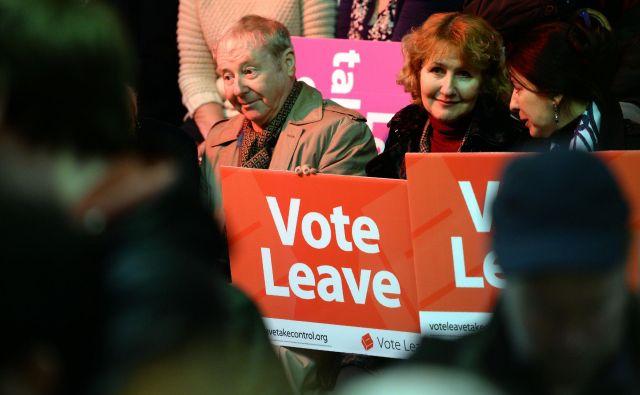 Uradna kampanja brexitaVote Leave<em> </em>ni spoštovala zakonskih določil o izdatkih v kampanji. FOTO: Oli Scarff/AFP