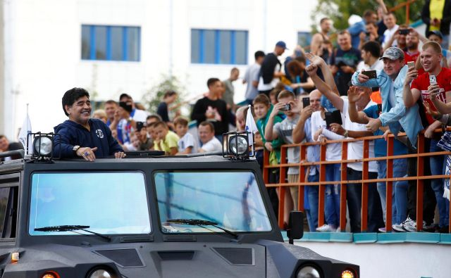 Maradona bo postal predsednik beloruskega prvoligaša Dinamo Brest, funkcijo pa bo opravljal tri leta. FOTO: Reuters