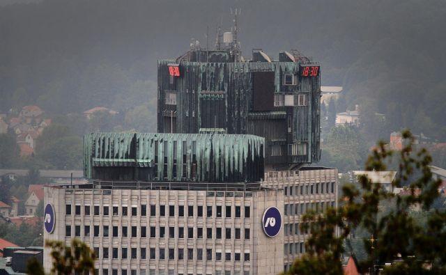 NLB bo ena prvih vročih tem v novem parlamentu. FOTO: Jože Suhadolnik