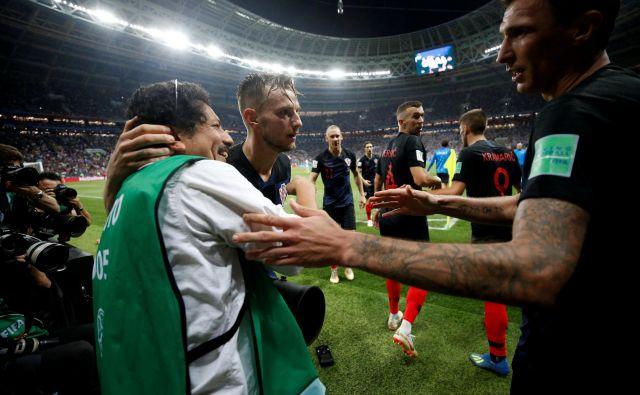 »Tovrstnega povabila se ne zavrača. V čast mi bo priti na Hrvaško. Po tekmi z Angleži in slavju s hrvaškimi igralci čutim povezanost z vašo državo, za katero sem navijal v finalu«, je povedal Cortez. FOTO: Carl Recine/Reuters