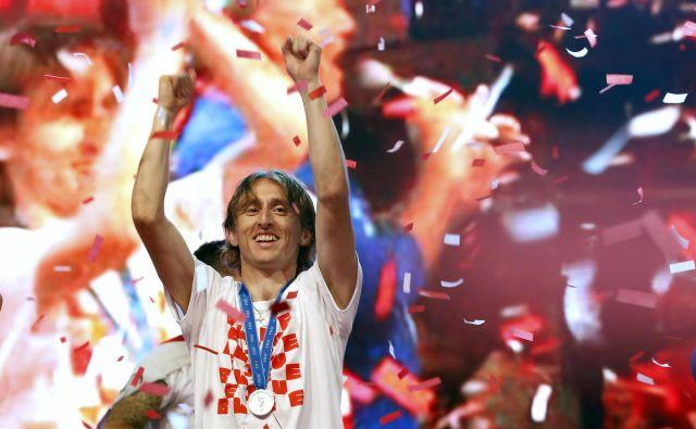 Hrvaška nogometna reprezentanca je z uvrstitvijo v finale SP tako navdušila enega od ljubiteljev nogometa v Peruju, da je svojega sina poimenoval <em>Luka Modrić</em>. FOTO: AP