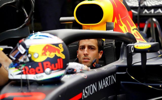 Daniel Ricciardo je bil hiter, a bo v nedeljo vseeno začel z zadnjega mesta.