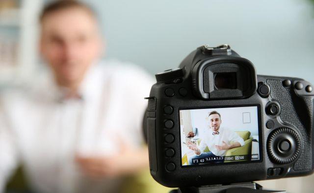 Iz videointervjuja kadroviki lahko razberejo informacije o kandidatih, ki jih ni v življenjepisu. FOTO: Shutterstock