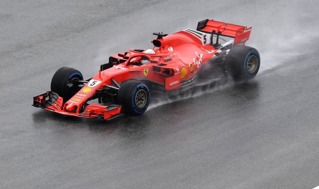 FOTO:Hamiltona pustil na cedilu menjalnik, Vettel najhitrejši v kvalifikacijah (VIDEO)
