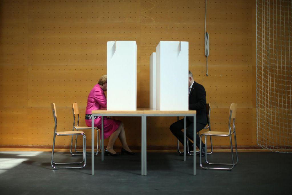 FOTO:Se moramo bolj bati novih volitev ali nestabilne vlade?
