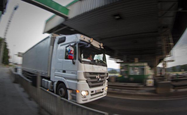Policija bo izvajala poostren nadzor nad vozniki tovornih vozil. FOTO: Voranc Vogel/Delo