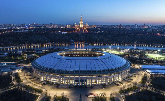 Največji nogometni objekt v Rusiji je nacionalni štadion Lužniki, na katerem nimajo težav z zagotavljanjem vsebine. FOTO: AP