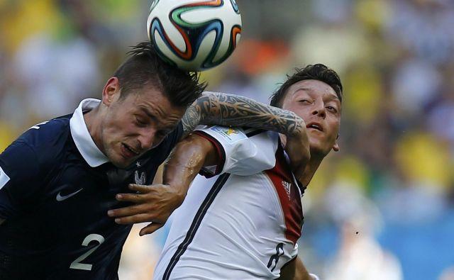 Mesut Özilje zaključil reprezentančno pot v nemškem dresu.