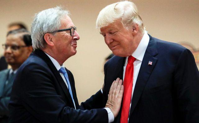 Predsednik evropske komisije Jean Claude-Juncker se bo z ameriškim kolegom Donaldom Trumpom srečal jutri ob 19.30 po srednjeevropskem času. FOTO: Pool New Reuters