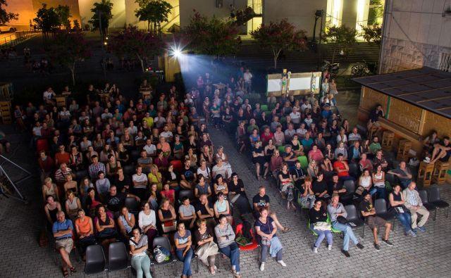 Letni kino Silvana Furlana v Novi Gorici je lepo obiskan. Foto Sandra Jovanovska