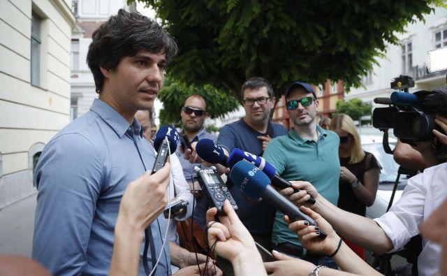 V Levici so bili užaljeni, ker je peterček strank k pogajanjem najprej spet povabil NSi. FOTO: Leon Vidic/Delo