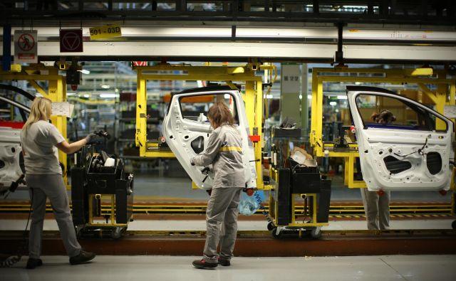 Slovenska gospodarska rast je široko osnovana in temelji tudi na izvoznih podjetjih, kot je Revoz. FOTO: Jure Eržen