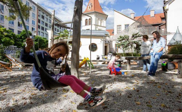 Zavod Mala ulica je za vstop na zunanje igrišče v središču Ljubljane začel pobirati vstopnino, kar je nekatere Ljubljančane razjezilo. FOTO: Javni zavod Mala Ulica